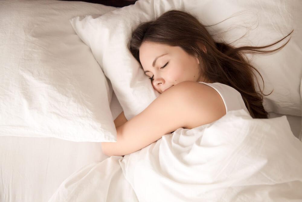 睡眠は脳のクリーニング機能を高めて認知症を予防している?
