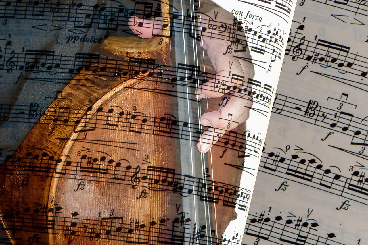 私たちが苦しみと付き合うヒントはテレワークオーケストラ演奏会にある