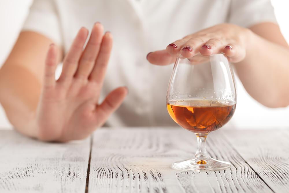 飲酒の適正量は研究者でも分からない? アルコール研究で判明している効果