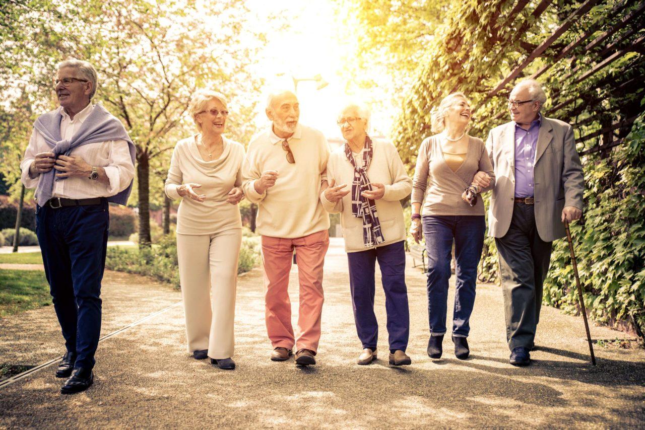 社会的地位が高い人ほど長生きが可能なのか?社会的地位の高い人の寿命を調べて見た