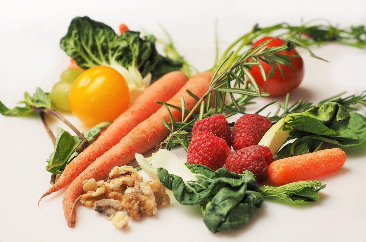 著書「WHOLE がんとあらゆる生活習慣病を予防する最先端栄養学」健康を司る栄養を正しく摂る最良の方法とは